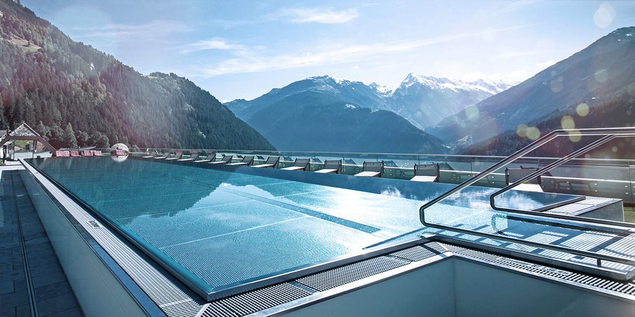 Rooftop swimming pool in the alps